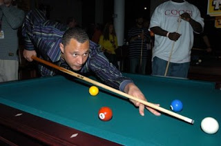 Charlie Batch shoots Pool for Charity