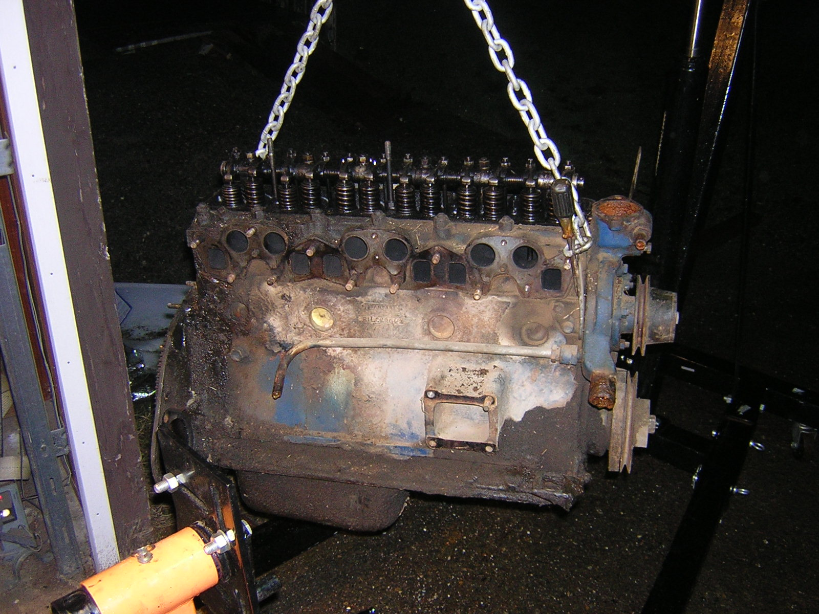 1973 Triumph GT6 Mk3  Engine in Pieces