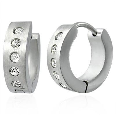 mens-hoop-earrings-02-03-09