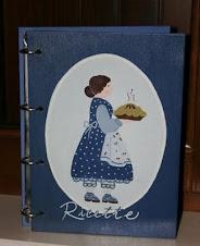 Raccoglitore ricette in legno dipinto a mano