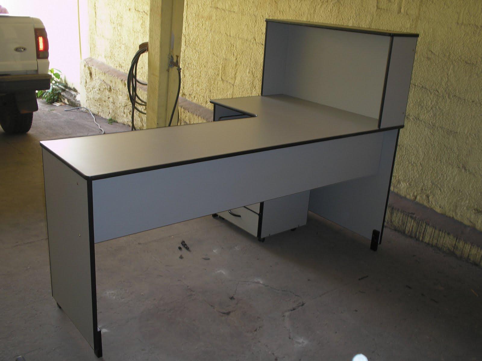Maqpel m veis para escrit rio mesas painel sob medida for Medidas mesa escritorio