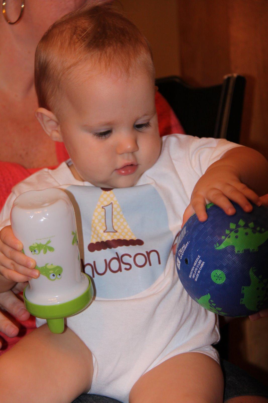 [shirt+hudson+baby+pic+2]
