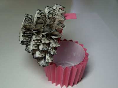 baby making toy: paper cupcakes tutorial