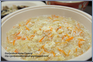 Snow Fungus and Fish Maw Homemade Soup Recipe