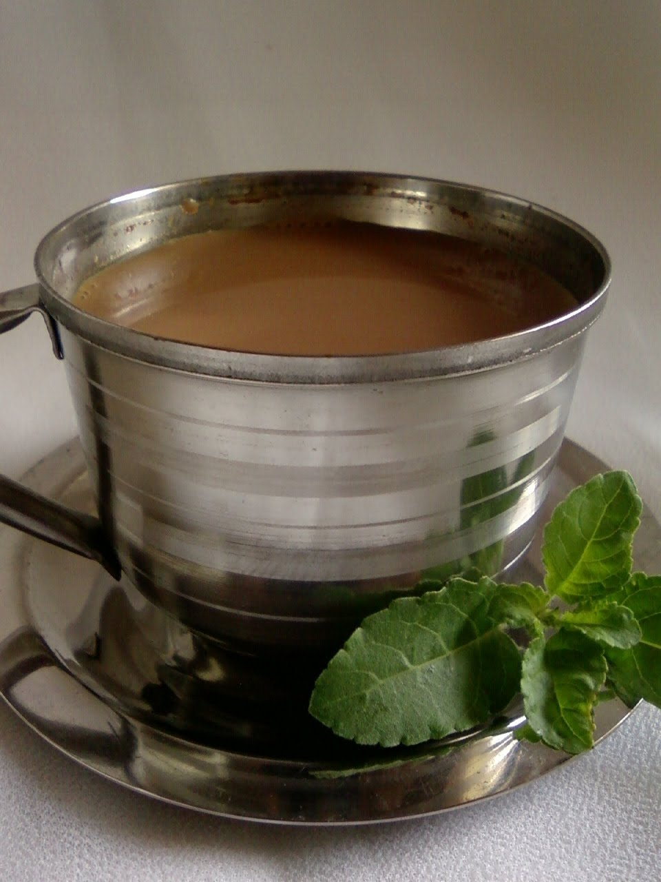 how to make tulsi tea with milk