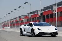 2010+Lamborghini+Gallardo+LP+570 4+Superleggera+%283%29 2010 Lamborghini Gallardo LP 570 4 Superleggera Reviews & Test Drives