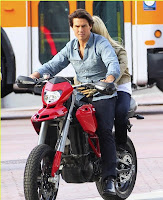 fauxcati front ride Tom Cruise and Cameron Diaz introduce the Faux cati