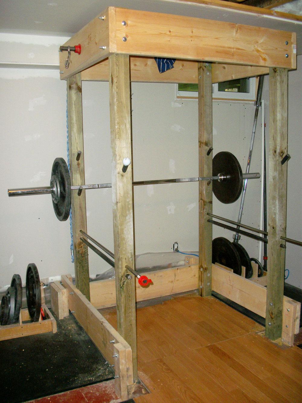 Diy gym equipment reps forums for Power rack design plans