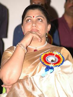 Actress Kushboo in beautiful designer saree