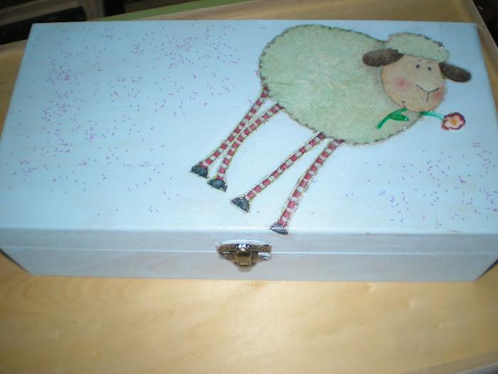 Caixa Azul Ovelha