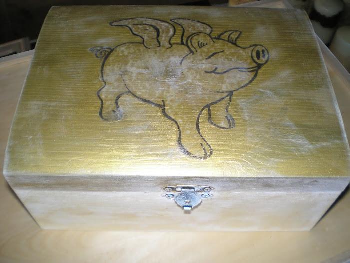 Caixa Dourada Porquinho