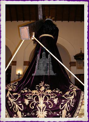 Tunica de Jesus, Monda