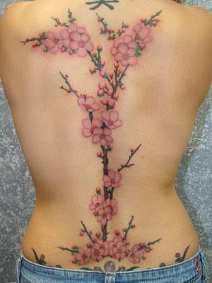 Of the nature style of tattoos by far the most popular are flower tattoos