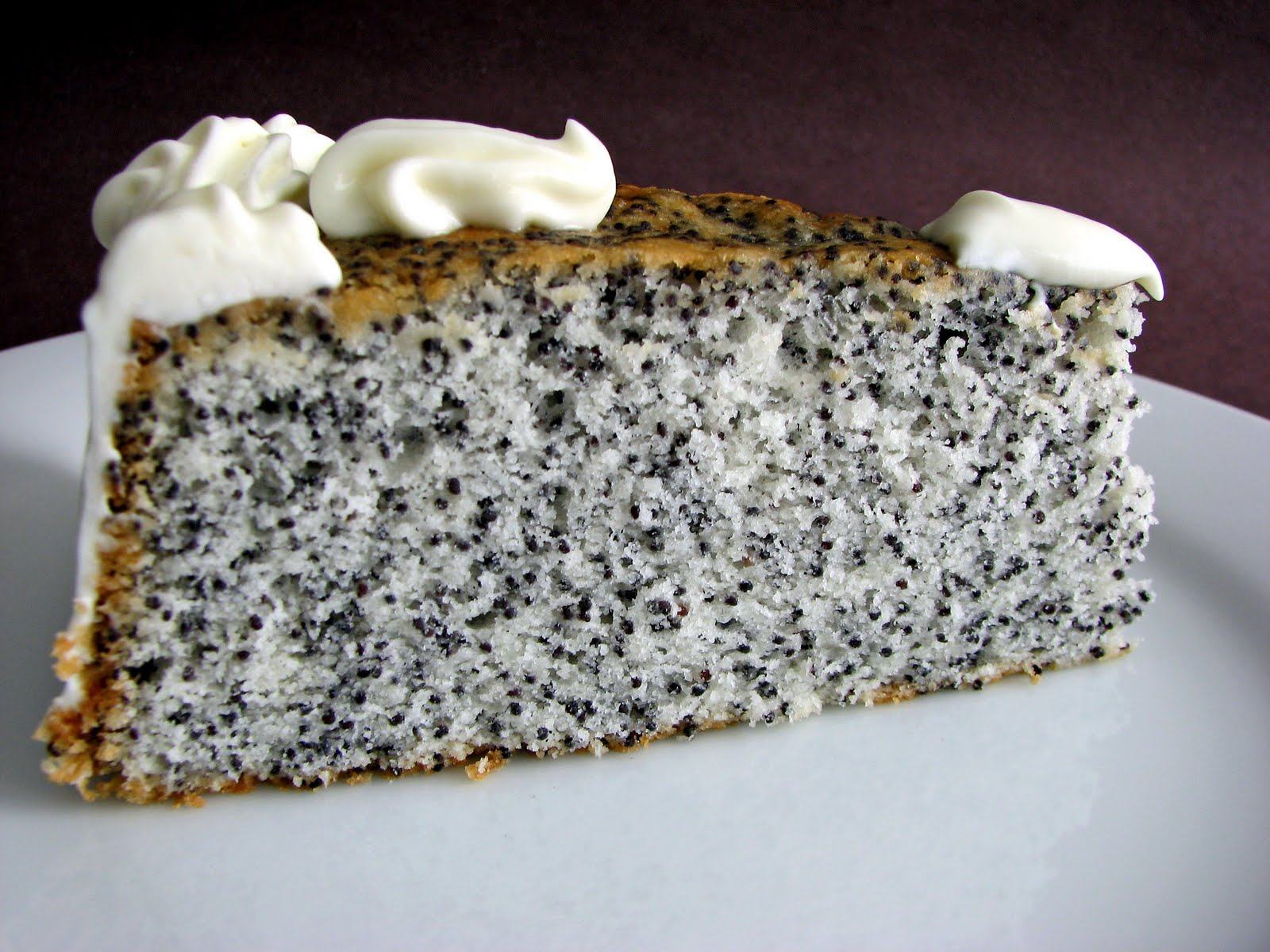 :pastry studio: Poppy Seed Cake with Mascarpone Cream