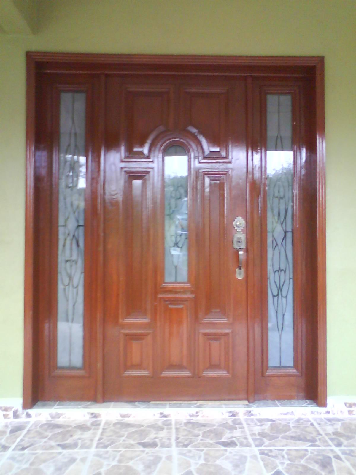 Carpinteria salas puerta principal - Puertas de aluminio para entrada principal ...