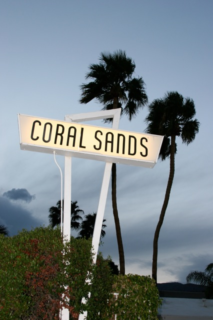 [coral+sands+sign+siouxzan]