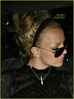 Britney Spears shaved pussy