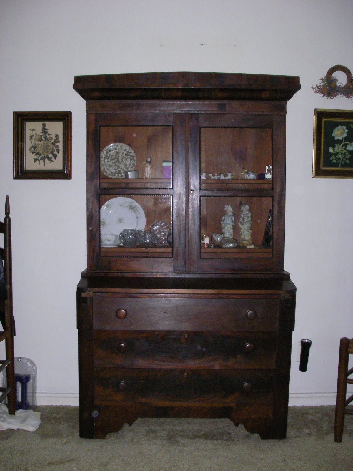 Antique Cabinet /Hutch with pull-out buffet shelf - Yard Sale/Furniture/Estate Sale: Antique Cabinet /Hutch With Pull