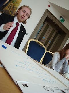Steven Agnew facilitating a table talking about the Environment at A-Politics Now