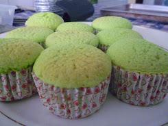 SPONGE CAKE (pandan.choc.vanilla,s/bery)
