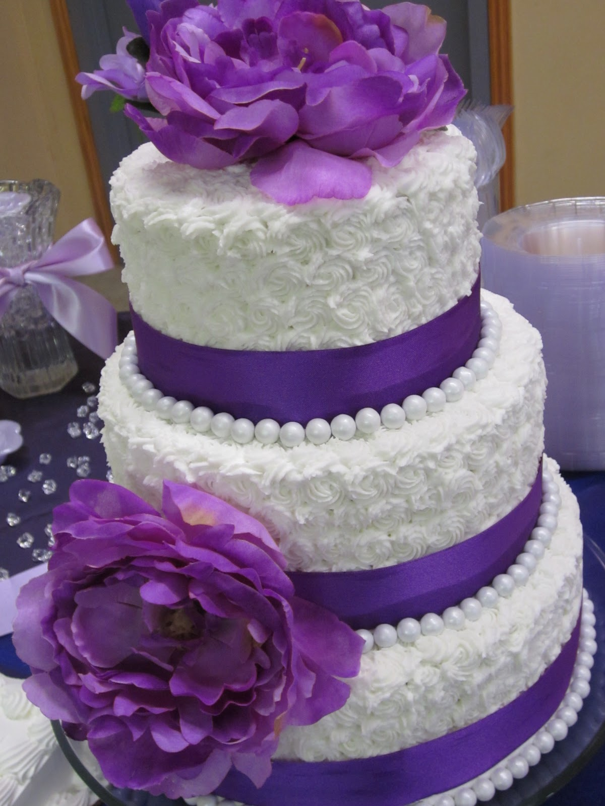 cupcakemobster gluten free wedding cake