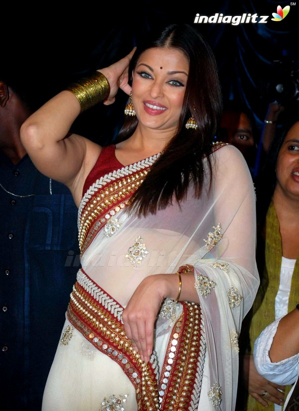 Bollywood Wardrobe Malfunction