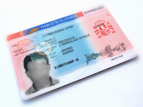 Diferencias entre tarjeta de residencia permanente for Permiso de soggiorno en italia
