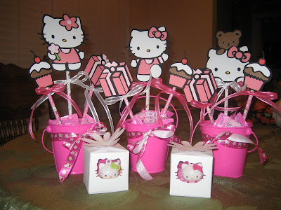 Scrap N Surf Hello Kitty Centerpieces And Hello Kitty Favor Boxes
