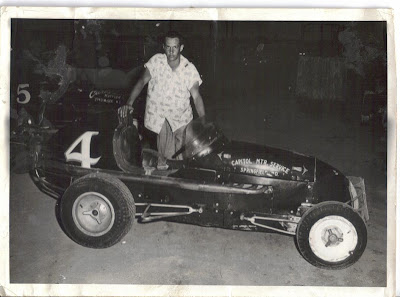 Auto Racing Missouri on Midwest Racing Archives  1957   The Kansas City Midget Auto Racing
