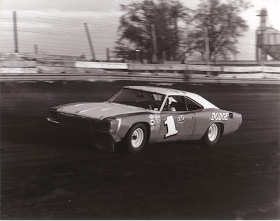 Auto Racing Imca Parts on Midwest Racing Archives  Ernie Derr  The King Of Imca Stock Car Racing