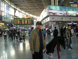 Di Dalam Stasiun Seoul