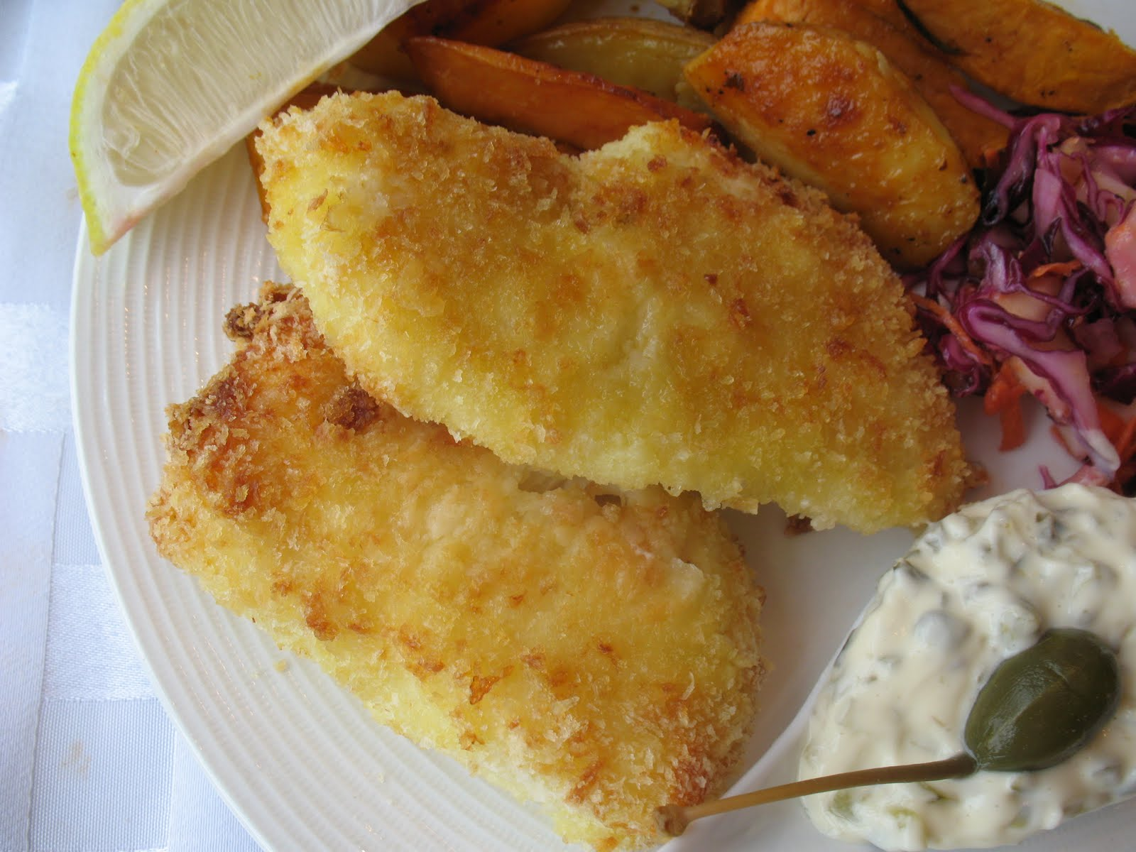 Anna 39 s table panko crusted fish and chips with tartar sauce for Fish and chips sauce