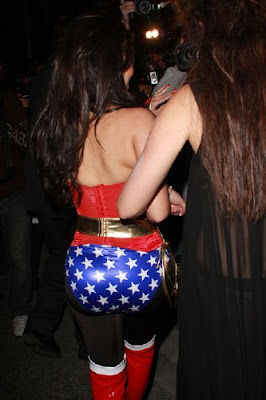 Kardashian  Woman on Kim Kardashian Wonder Woman Jpg