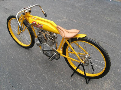 1915, Cyclone Board Track Racer