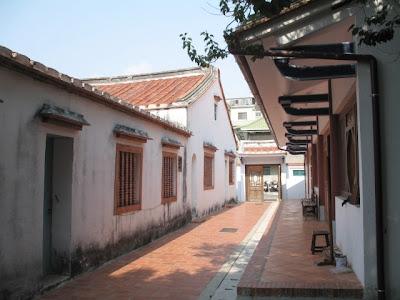 鎮北坊西華堂