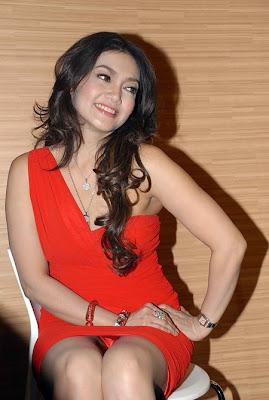 Foto Hot Arisan Brondong - Bella Saphira, Sexy