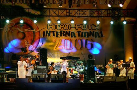 RIAU HITAM PUTIH WORLDMUSIC FESTIVAL