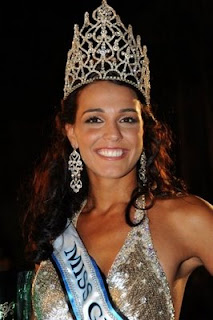 Kaiane Aldorino Pemenang Miss World 2009