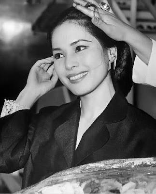 Profil dan Foto Ratna Sari Dewi Soekarno - Naoko Nemoto