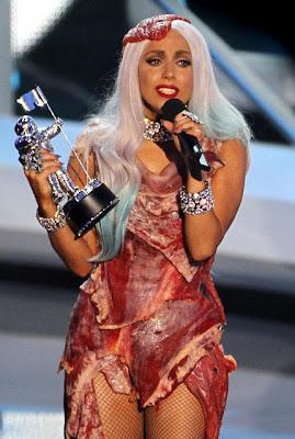 Gaun Daging Mentah Lady Gaga