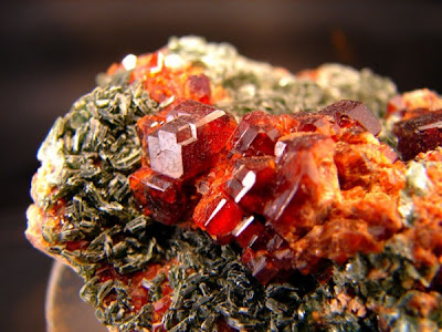 world's Beautiful coloured natural stones
