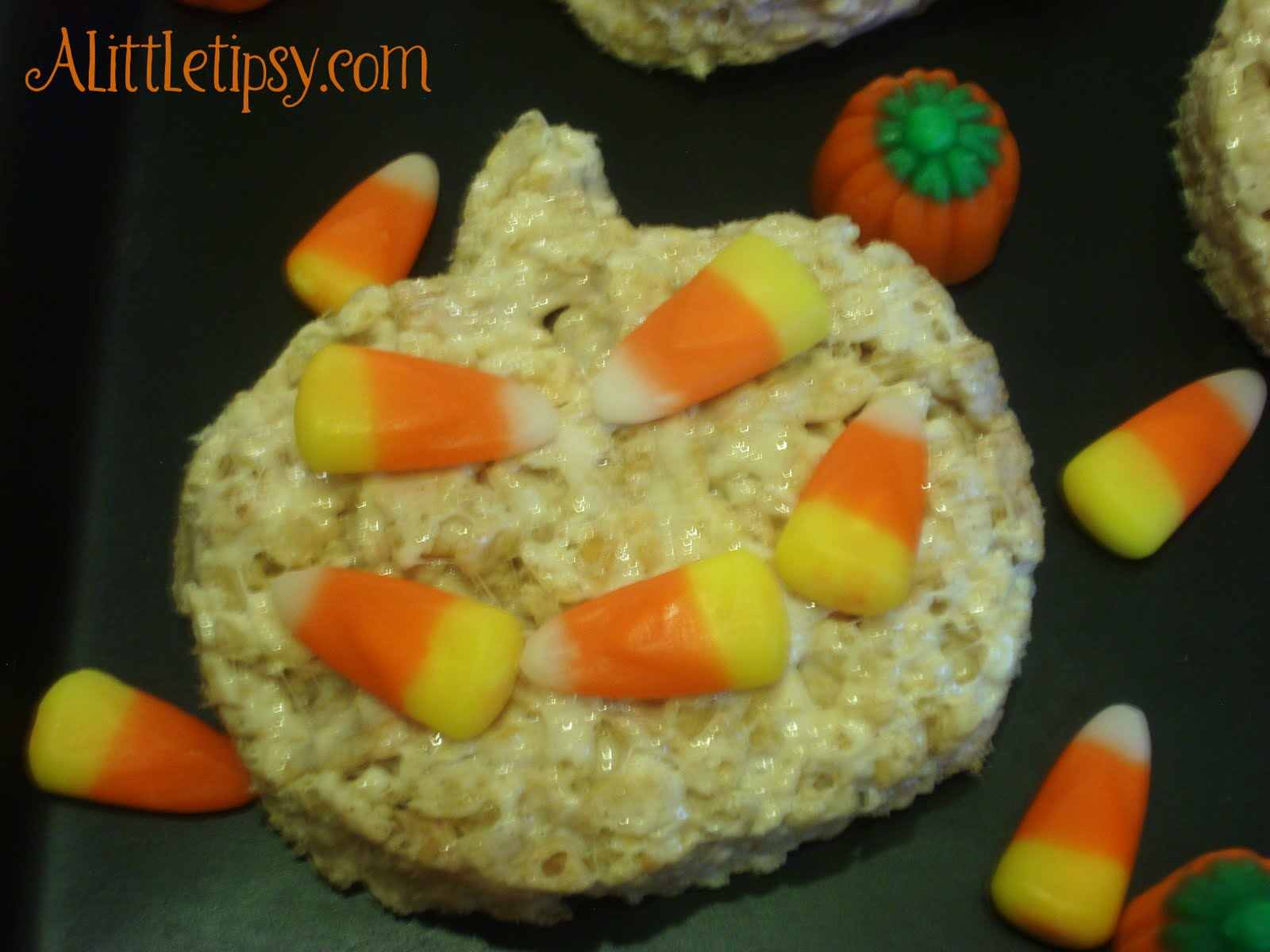 Cereal Treat Sunday-Pumpkin Spice Rice Krispie Treat - A Little Tipsy