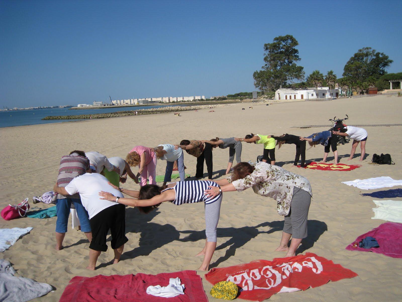 yoga en el puerto de santa maria junio 2010