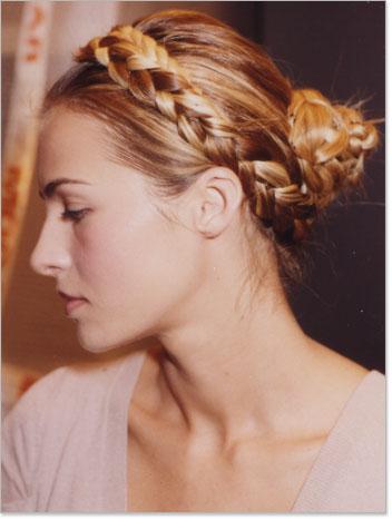 how to braid hair around head