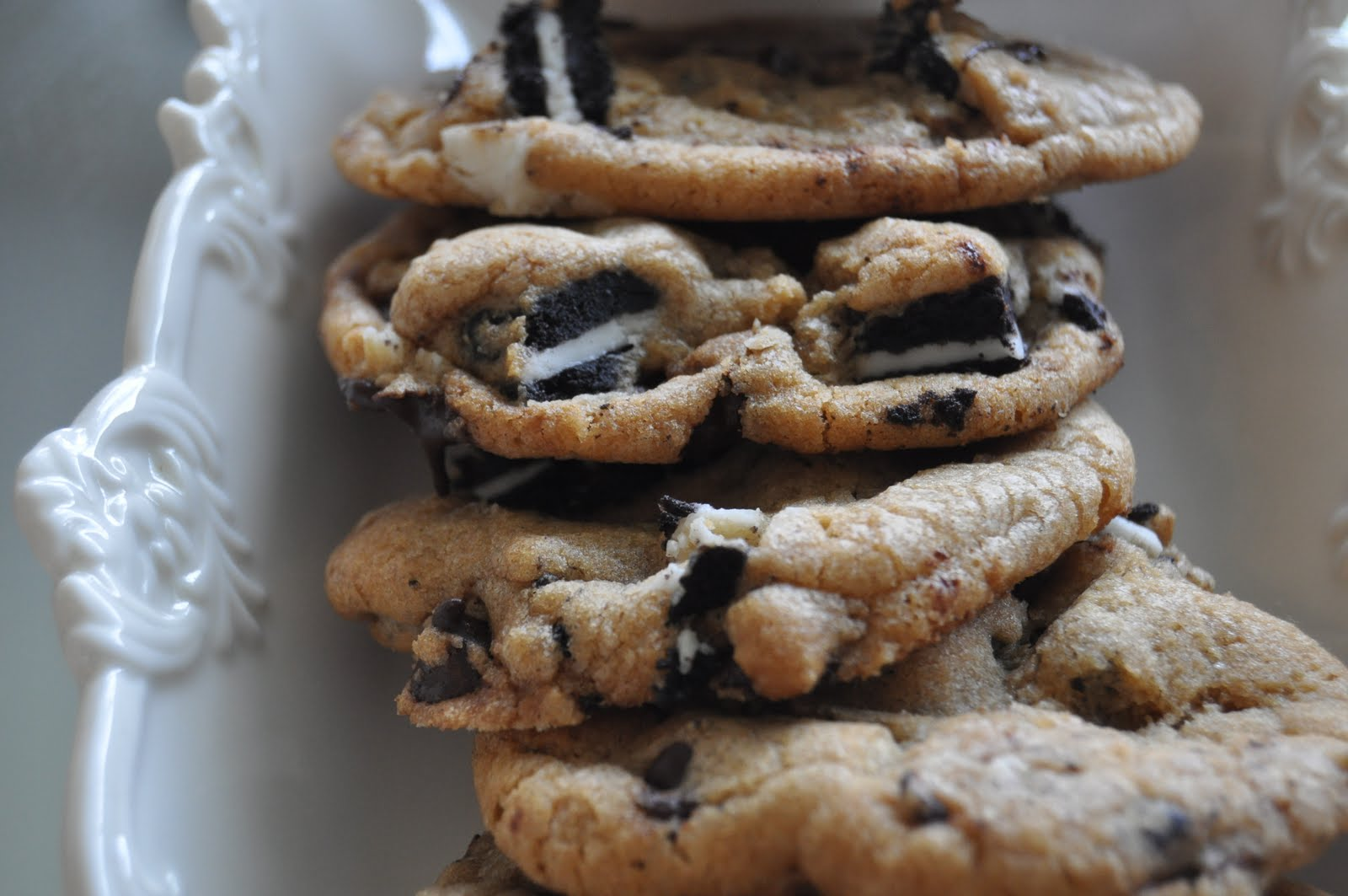Impeccable Taste: Chocolate Chip Oreo Cookies