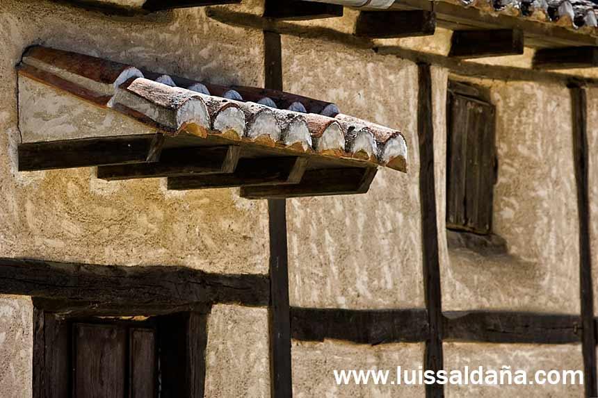 Luis salda a tejadillo de puerta - Tejadillo para puerta ...