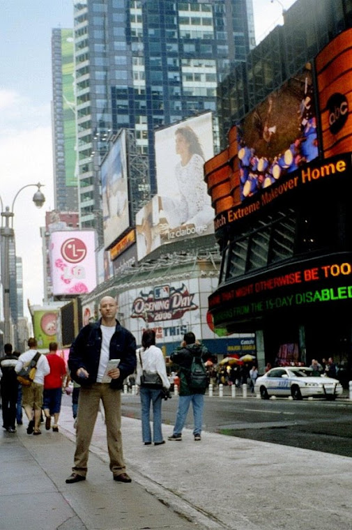 ... Times Square - zona ZERO a New-York-ului.