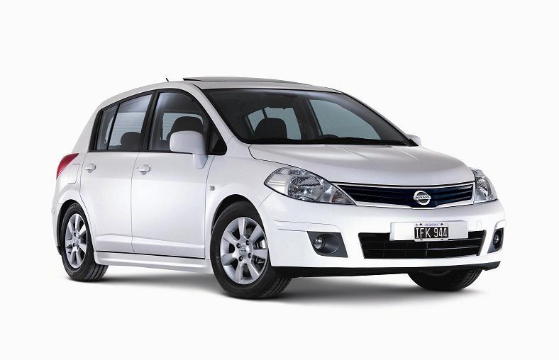 Nissan Tiida — один из самых