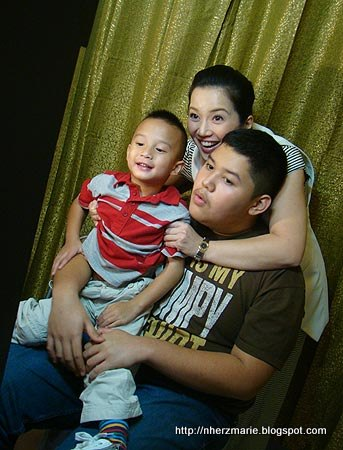 Celebrity Sighting: Kris Aquino with sons Joshua and Baby James
