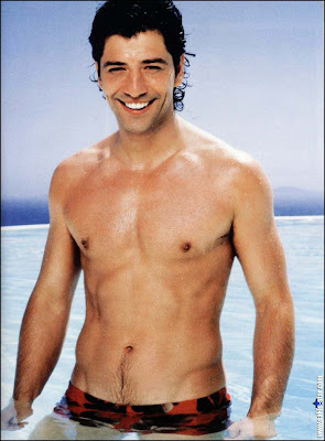 Treasure Trail Men http://famewatcher.com/greek-male-muscles-treasure-trail-sakis.html